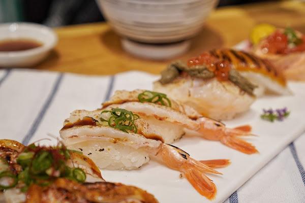 台南南區美食【伊豆讚壽司專賣】餐點介紹-炙燒紅蝦