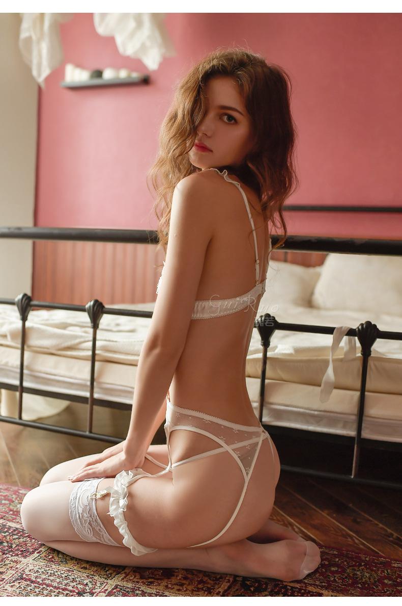 Đồ lót kẹp vớ sexy nóng bỏng 5