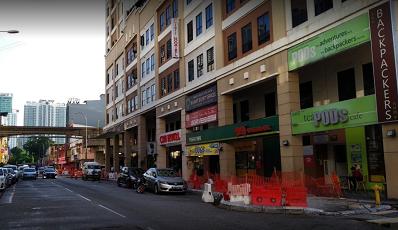 jalanan di depan My Hotel @ KL Sentral