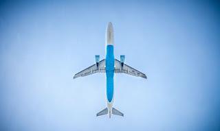 pesawat telat datang dicancel