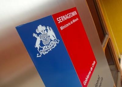 Dictamen de la DT por servicios mínimos en Escondida es cuestionado por organizaciones de trabajadores de la minería en Sernageomin