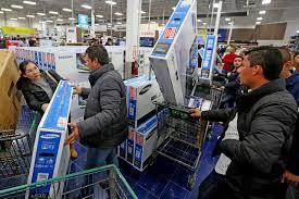 الجمعة السوداء تحقق مبيعات قياسية عبر الإنترنت في أمريكا