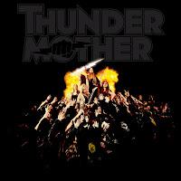 """Το βίντεο των Thundermother για το """"Driving In Style"""" από το album """"Heat Wave"""""""
