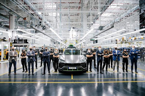 Lamborghini Urus supera marca de 15.000 produzidos