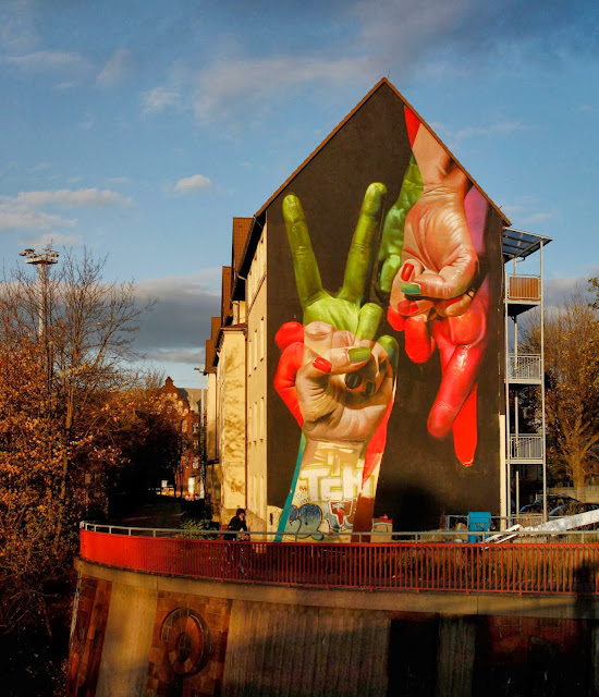 Street Art Mural By German Artist Case On The Streets of Erfurt, Germany. 3