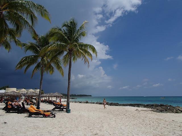 Lucayan beach