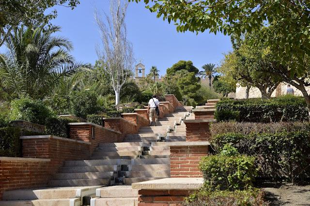 Almería. 7 godzin na zwiedzenie miasta to za mało.