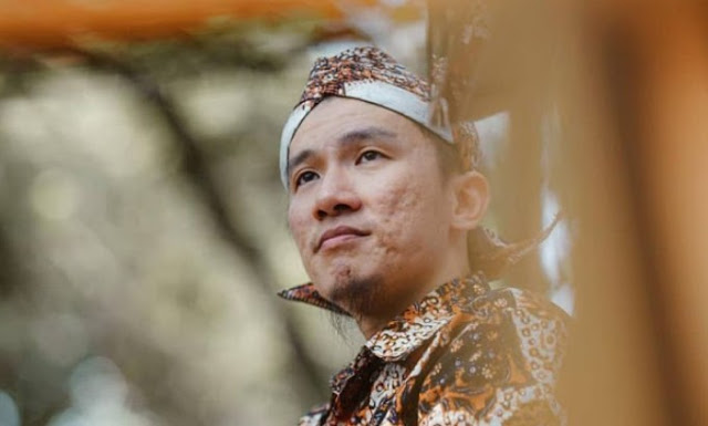 Dinobatkan sebagai Ustaz Nomor 2 Paling Radikal, Felix Siauw: Bagi Fir'aun, Musa itu Radikal Habis!