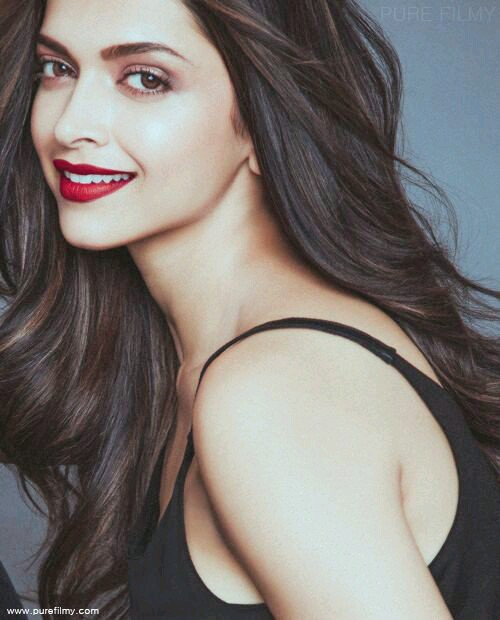 Deepika padukone hot Images HD photos