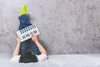 Cara Meningkatkan Kreativitas Penulisan Lagu Anda