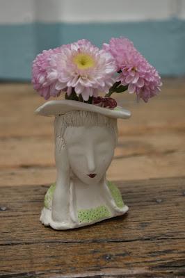petit vase femme céramique création Cathy Vagnon