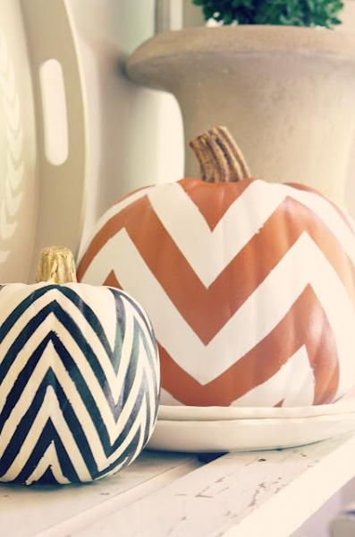 Halloween chevron decor pumpkin