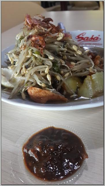 Kuliner Legendaris Surabaya – Nikmatnya Lontong Balap