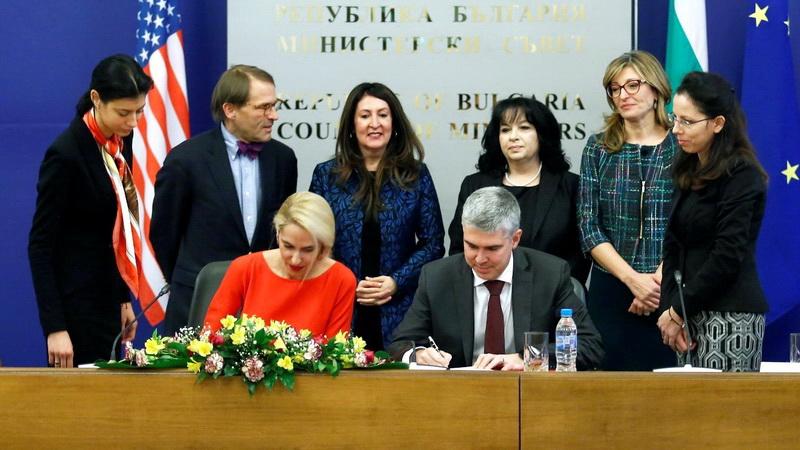 Συμμετοχή της BULGARTRANSGAZ στο έργο του LNG της Αλεξανδρούπολης