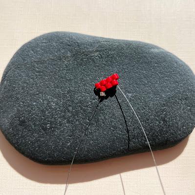 Easiest brick stitch start instructions by Lisa Yang Jewelry