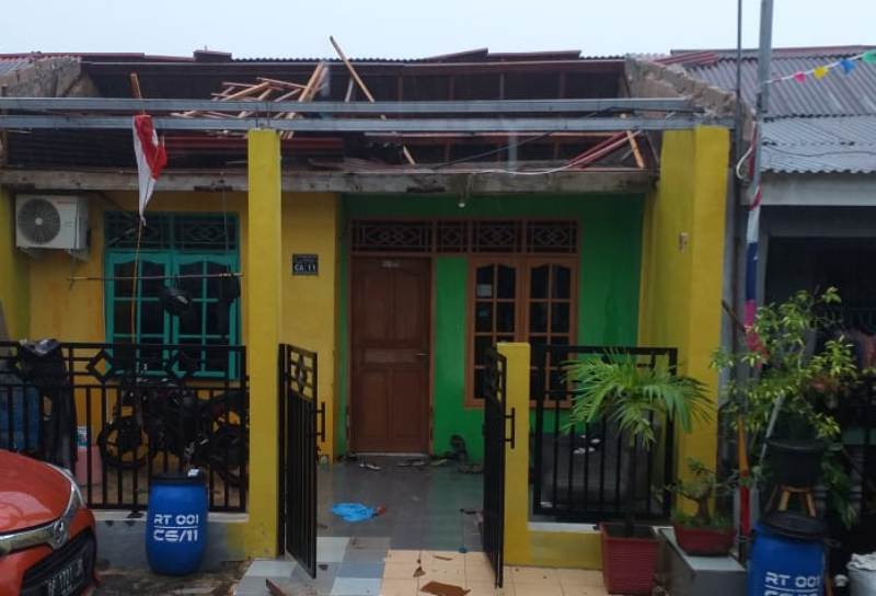 Sejumlah Rumah Rusak, Puting Beliung 'Ngamuk' di Nongsa