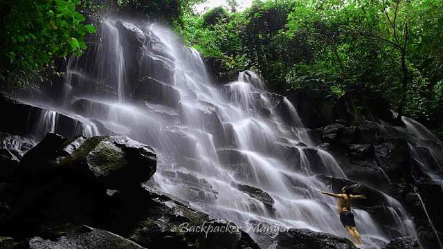 Air Terjun Kanto Lampo Bali dari Samping