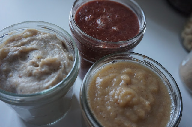 compote_maison_homemade_puree_cranberries_epices_noel_christmas_spices_banane_noisette_hazelnut_banana_poire_vanille_vanilla_pear_healthy_recipe_recette_breakfast_01