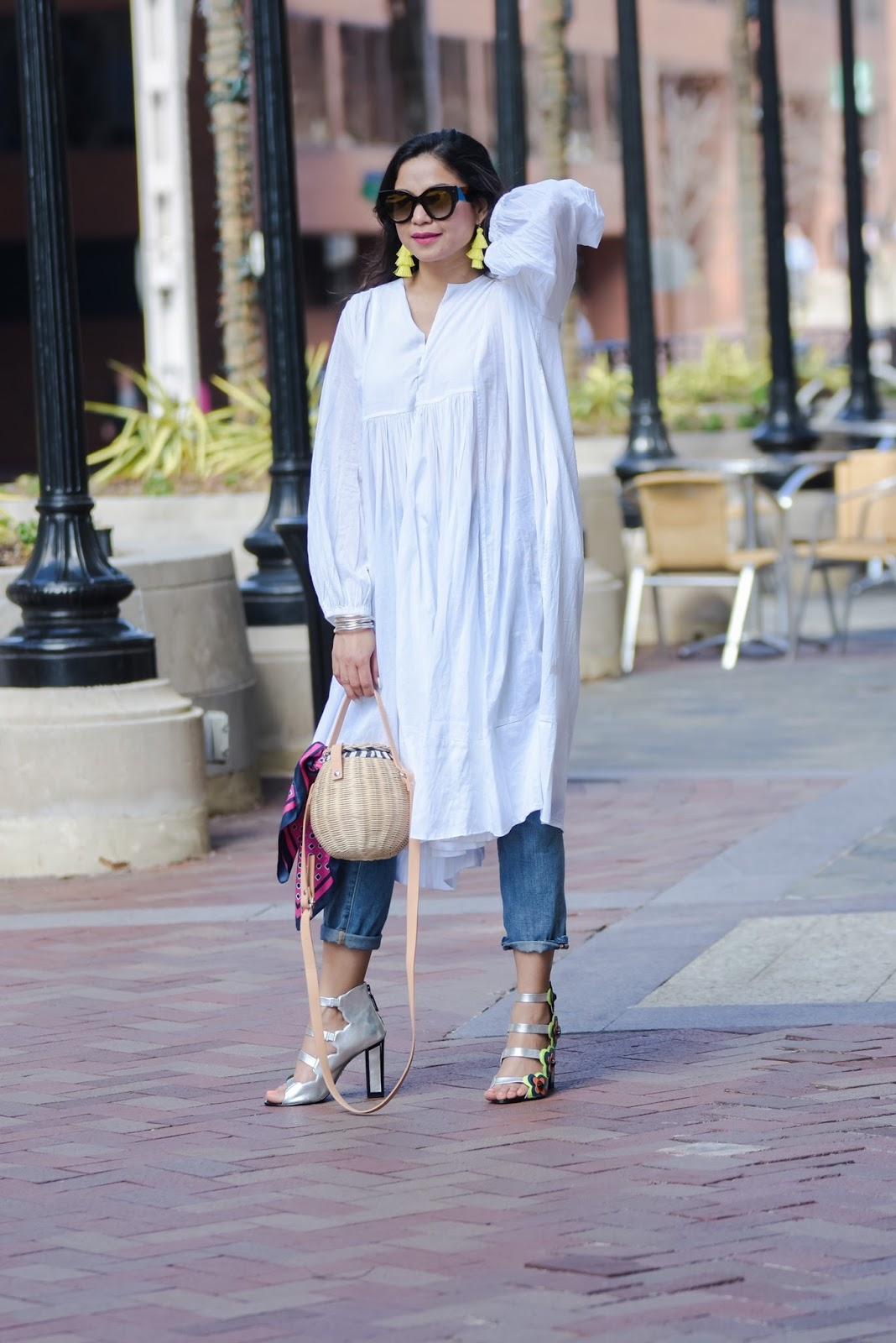 how to wear white in spring, white summer dress, dress over jeans, happy holi, holi outfit, indian, dc blogger, fashion, street style, kat maconie sandals, free people tunic, embellished jeans, myriad musings