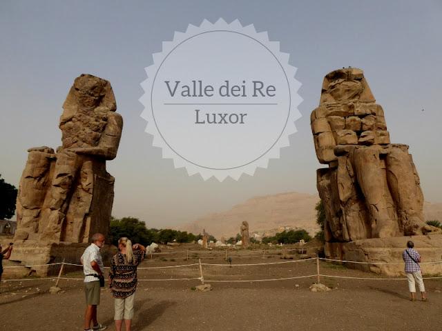 Escursione alla Valle dei Re e Medinet Habu. I memnoni all'inizio della valle