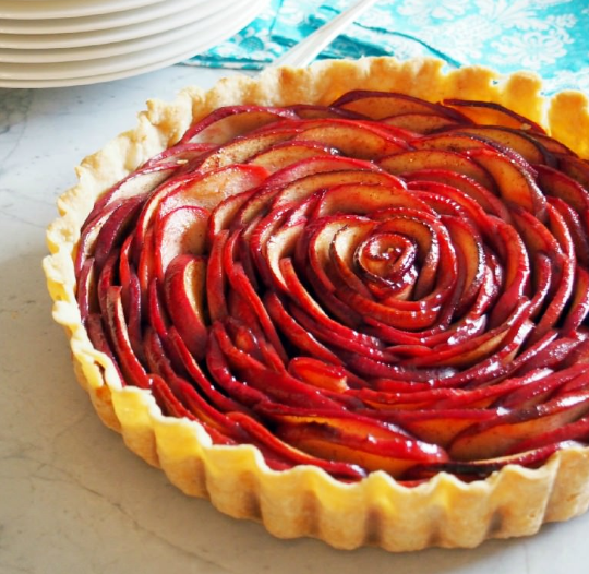 ROSE APPLE PIE TUTORIAL #desserts #apple #pie #pumpkin #rose