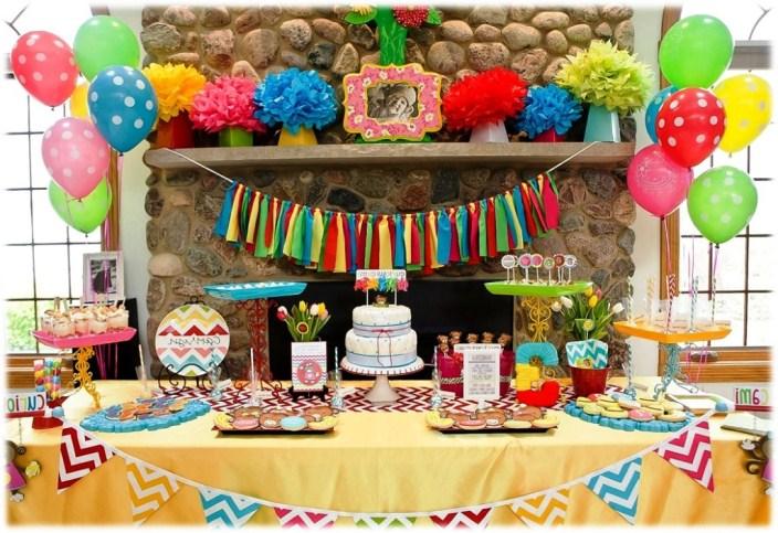 konsep dekorasi ulang tahun di rumah sederhana terlihat cantik