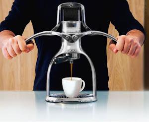 ROK Espresso Maker, la macchina per il caffè espresso manuale (non elettrica)