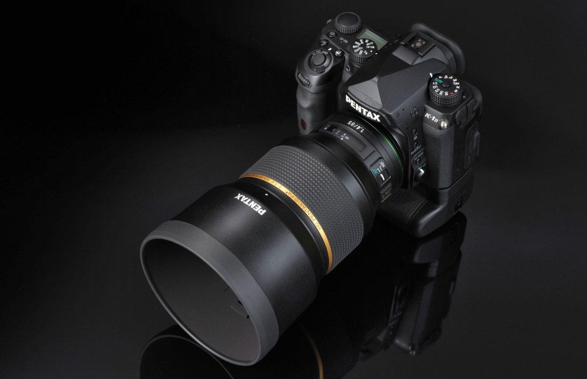 Объектив HD PENTAX-D FA★ 85mm f/1.4ED SDM AW с камерой Pentax