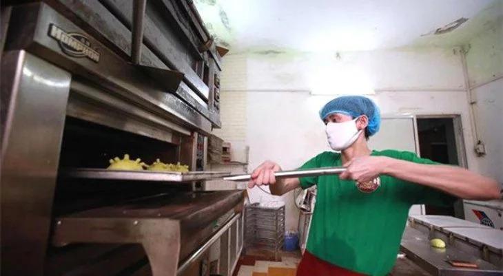 Vietnam no se queda atrás e inventa las Coronaburguers, hamburguesas del Covid-19