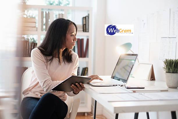 Développement front-end des sites web responsive avec le framework Bootstrap, WEBGRAM, meilleure entreprise / société / agence  informatique basée à Dakar-Sénégal, leader en Afrique, ingénierie logicielle, développement de logiciels, systèmes informatiques, systèmes d'informations, développement d'applications web et mobiles