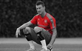 Arsene Wenger Wants Defender Rested Ahead of Man United Game
