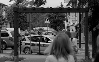 http://fotobabij.blogspot.com/2015/09/w-ramach-fotografii-ulicznej-3.html