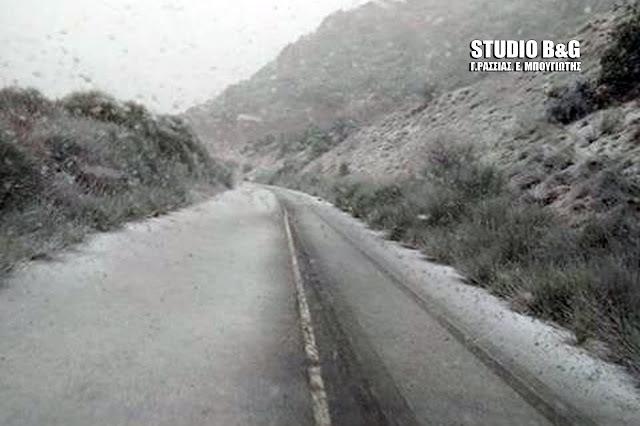 Ανακοίνωση της Αστυνομίας: Ποιοι δρόμοι έκλεισαν, που χρειάζονται αλυσίδες στην Πελοπόννησο