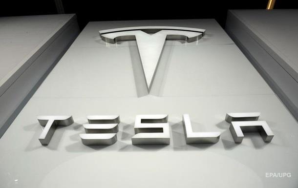 Bloomberg прогнозує швидке банкрутство Tesla
