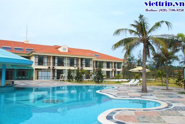 hồ bơi ngoài trời là tâm điểm tại Paradise resort Vũng Tàu