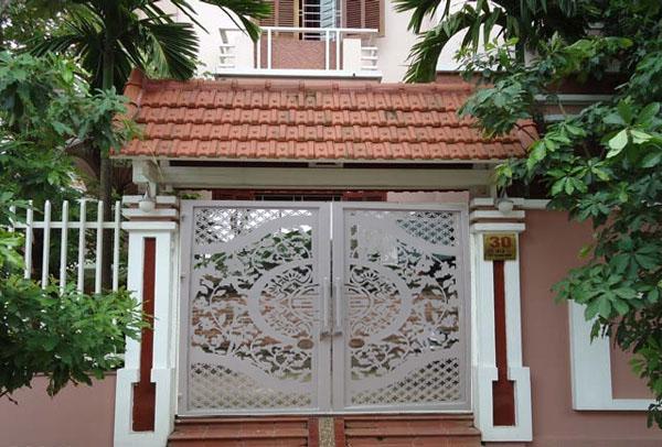 cửa cổng cnc