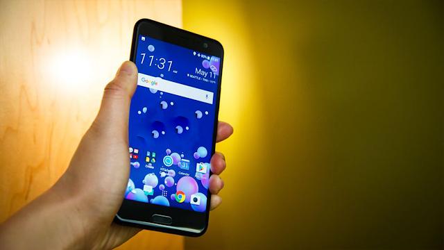 Android Oreo 8.0 își face apariția pe HTC U11 mai repede decât ne așteptam