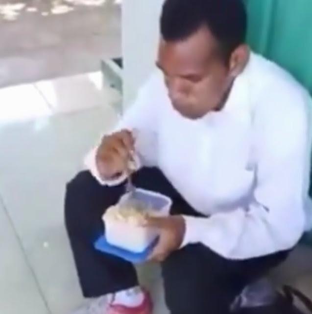 Putra Papua yang Viral Makan Nasi-Tahu Lulus Jadi Prajurit TNI
