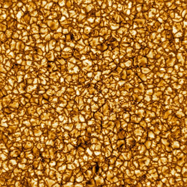 la superficie solar está dividida en enormes parcelas