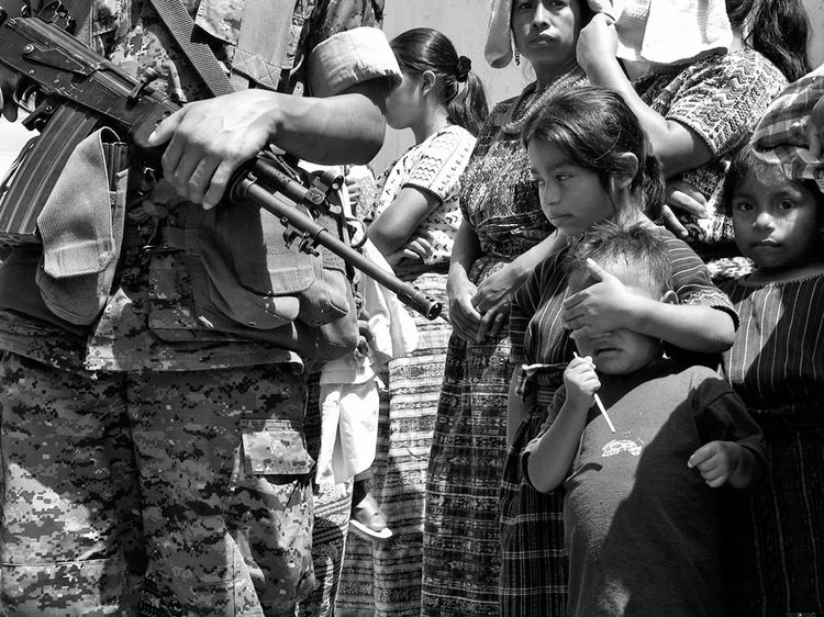 Resultado de imagen para guatemala guerra civil matanzas por el ejército