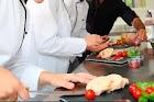 Vaga para Auxiliar de Cozinha - R$.1355,00