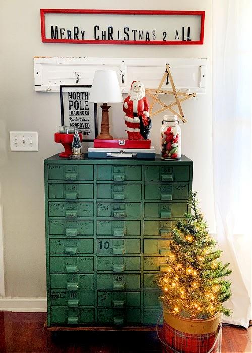 Christmas Vignette inspired by Instagram photo