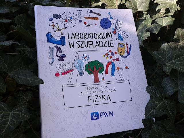 https://ksiegarnia.pwn.pl/Laboratorium-w-szufladzie-Fizyka,449544826,p.html