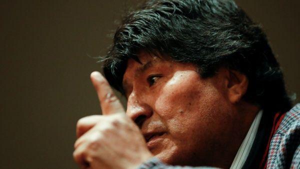 Gobierno de facto boliviano anuncia orden de captura contra Evo
