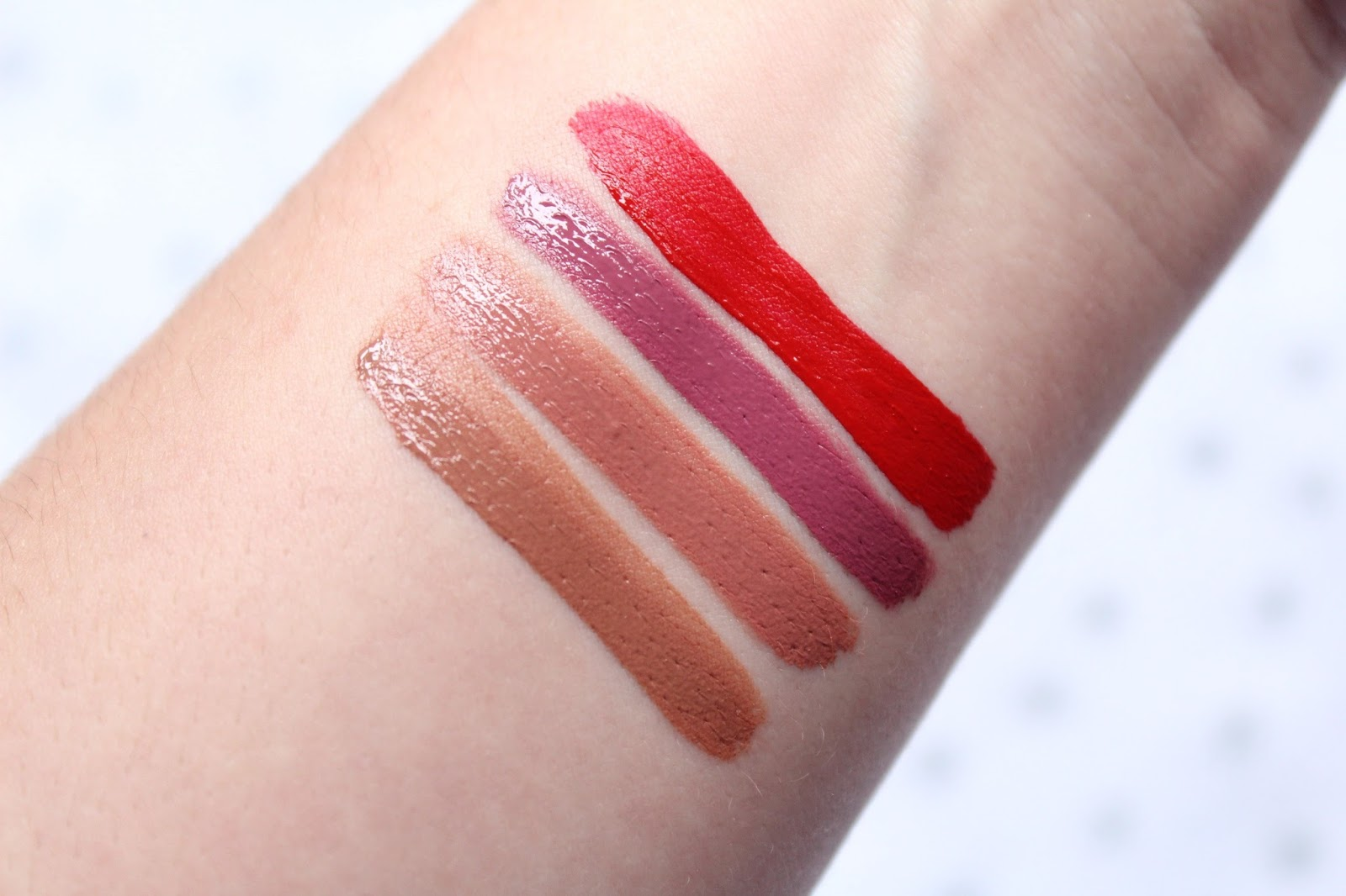 Too Faced Merry Kissmas Gift Set Swatched