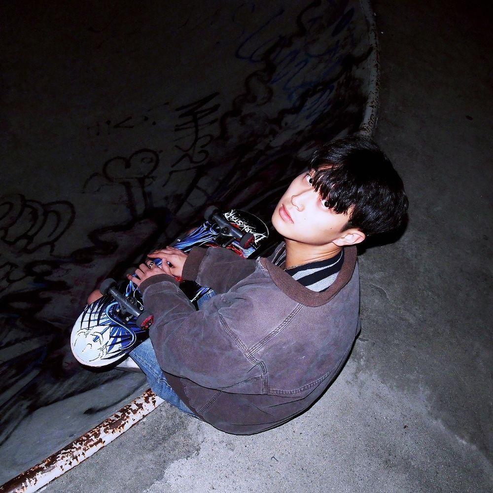 Dive In Purple – Alone – EP
