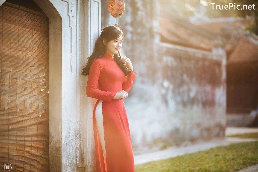 Image-Vietnamese-Model-Beautiful-Girl-and-Ao-Dai-Red-Vietnamese-Traditional-Dress-TruePic.net- Picture-9