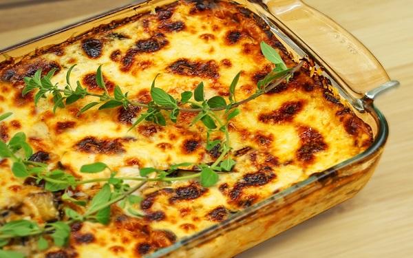 Receita de lasanha de berinjela vegetariana (Imagem: Reprodução/Youtube)