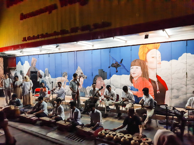 Wisata malam Solo, Menikmati mural street dan keroncong night (5) - jurnaland.com