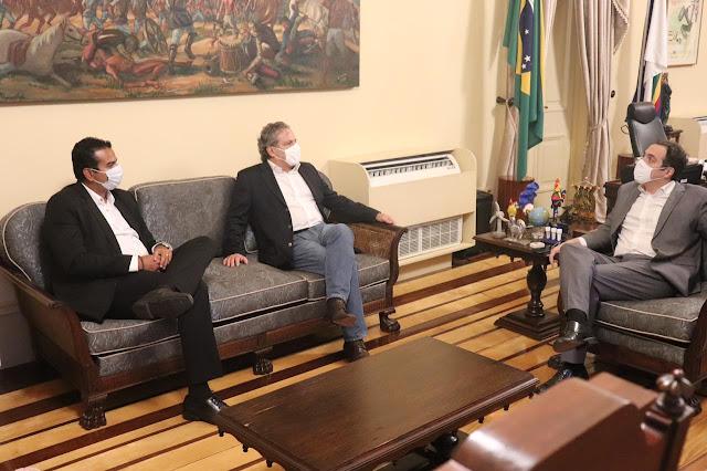 Klaus se reúne com o Governador Paulo Câmara no Palácio do Campo das Princesas